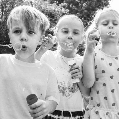 kids bei einer Hochzeit